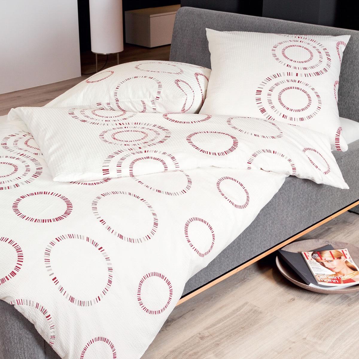 bettw sche grau rot feinflanell bettw sche bettdecken heizung eckschrank ikea schlafzimmer. Black Bedroom Furniture Sets. Home Design Ideas