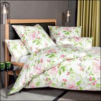 Janine Mako Satin Bettwäsche Messina 43082-01 magenta grün rosa Blumen