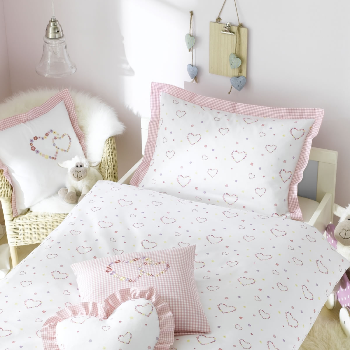 lorena maco satin kinder bettw sche lilly einzelkissen mit stickerei rosa wei ebay. Black Bedroom Furniture Sets. Home Design Ideas