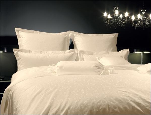 janine mako brokat damast bettw sche rubin 1321 1322 kissenbezug bettbezug ebay. Black Bedroom Furniture Sets. Home Design Ideas